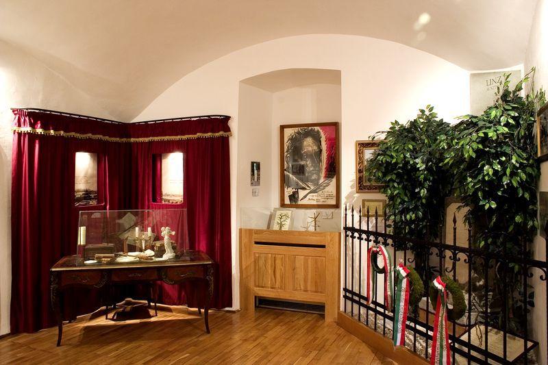 Városi múzeum Batsányi emlékszoba